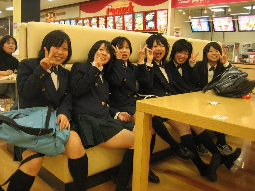 японские школьники фото по новому не показывая ли
