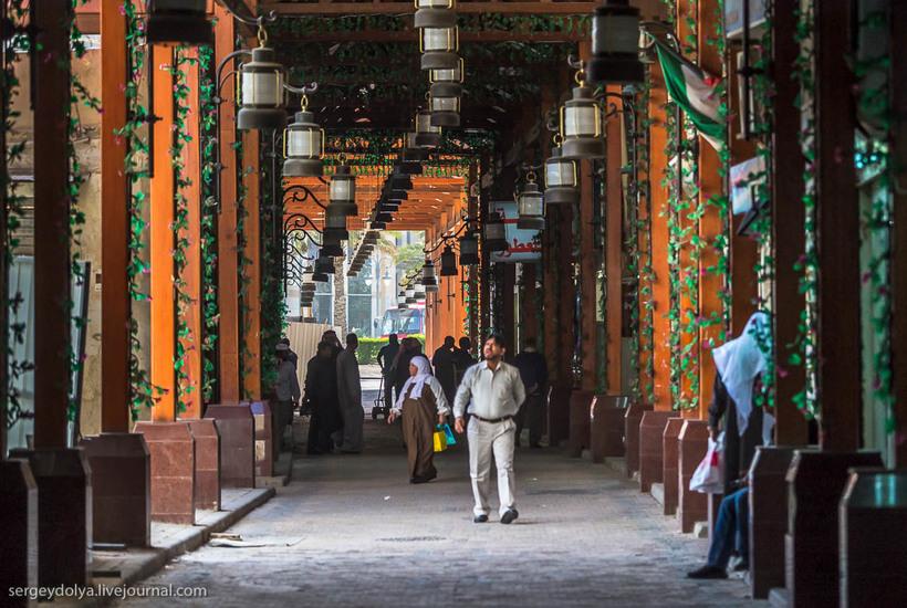 3 Путешественник показал, как и чем торгуют на рынке в Кувейте