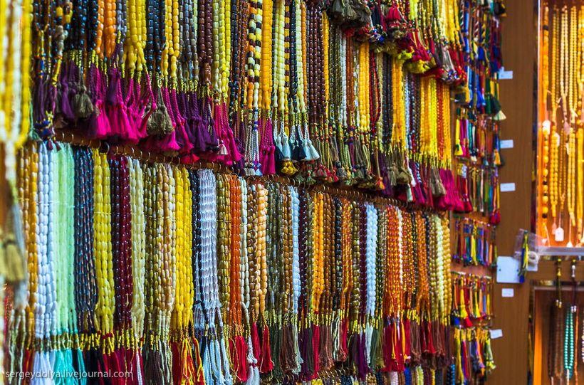 15 Путешественник показал, как и чем торгуют на рынке в Кувейте