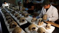 В центре Мехико нашли ацтекскую башню из черепов