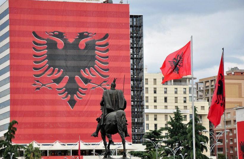 Tirana-ne-100-vjetorin7.jpg?1499722357