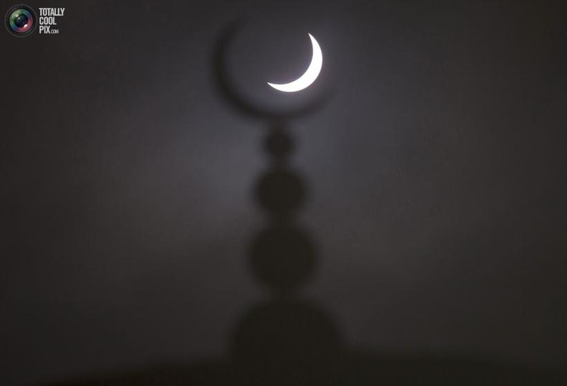 15 неймовірних знімків сонячного затемнення