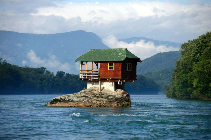 la-casa-sul-fiume-drina_1_.jpg?1486427387