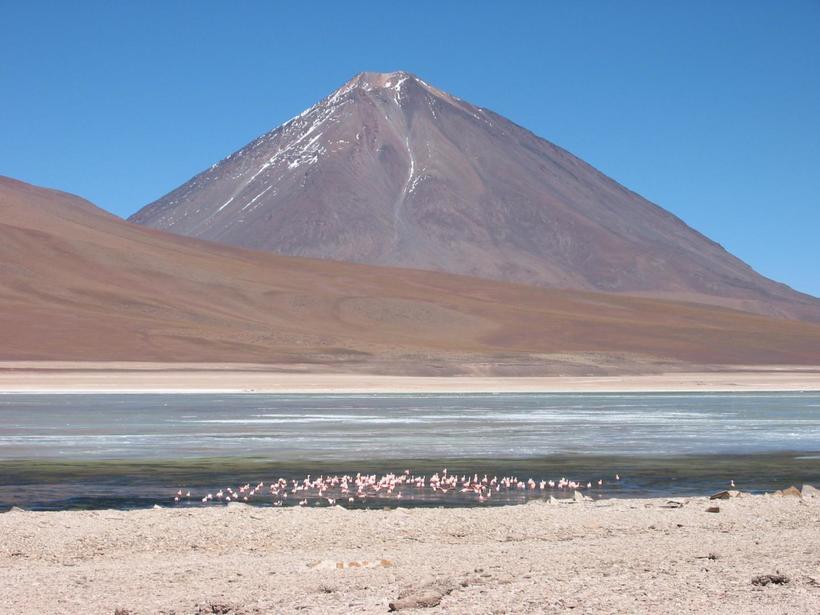 Удивительная природа: самое высокогорное озеро в мире